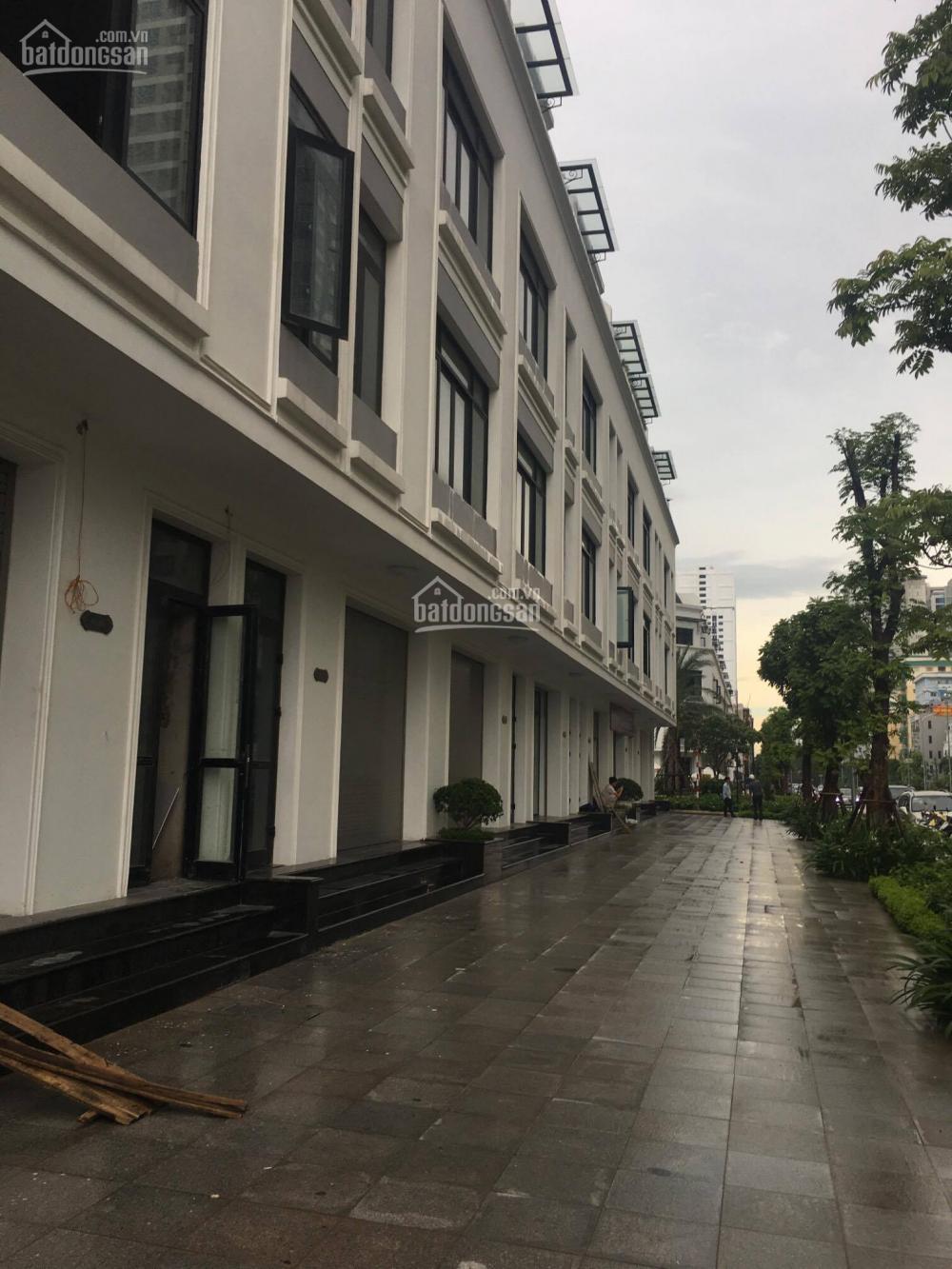 Chính chủ cho thuê sảnh A1, tầng 2 , diện tích 72 m2 view bể bơi giá 25tr /tháng  8077130